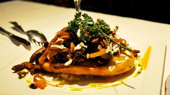 Gerloczy Kavehaz Cafe and Restaurant : Calf liver served on 'langos'