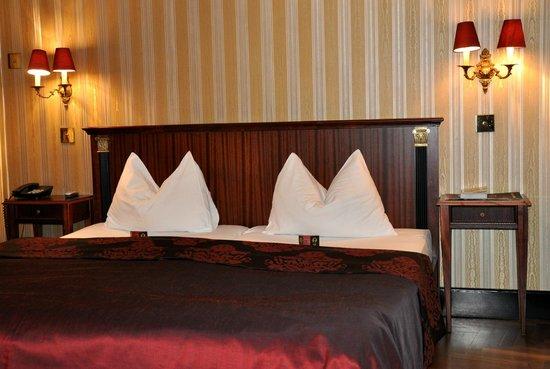 Gerloczy Kavehaz Cafe and Restaurant : Room to rent