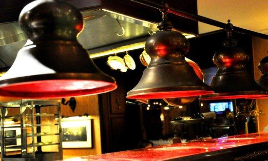 Gerloczy Kavehaz Cafe and Restaurant : Keep the food warm