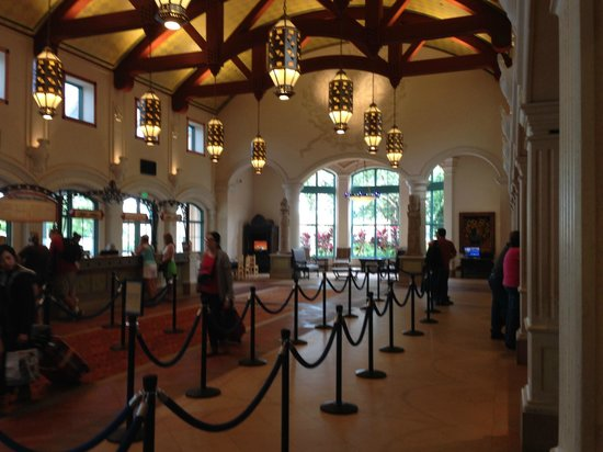Disney's Coronado Springs Resort: Resort Lobby