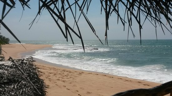 Serein Beach Hotel: Badestelle östlich vom Hotel (vom seafood restaurant aus)
