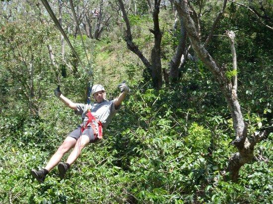 Nicaragua Adventures - Day Tours: Zip line