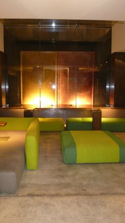 STRAFhotel | a Member of Design Hotels™ : Lobby