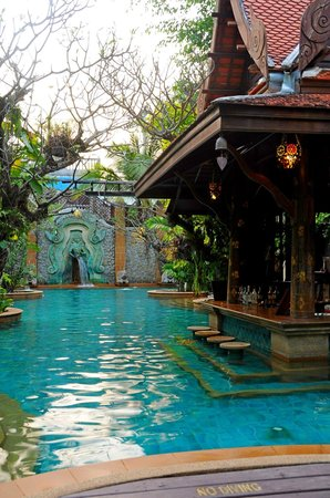 Sawasdee Village : Peaceful Pool Area