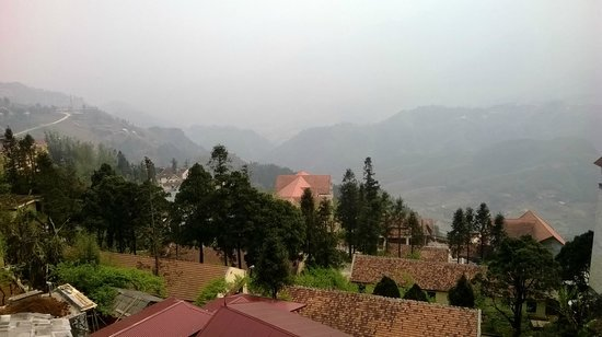 H'Mong Sapa Hotel: view from the hotel terrace (same from our room)