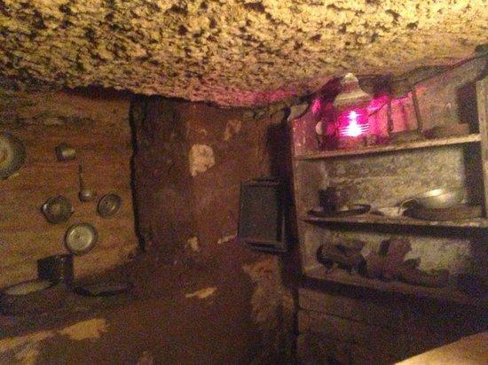Catacombs of Odessa: kitchen