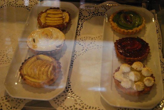 Kui-Zin: Pastries! All of what weve tasted were nice