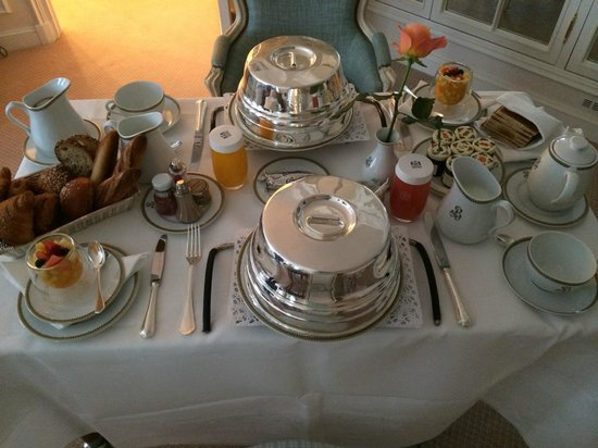 Le Bristol Paris : Breakfast