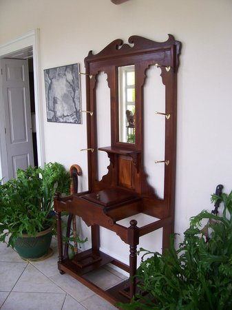 Antique Mahogany Hand Carved Furniture   One Of Many Pieces In The Sion  Hill Plantation House