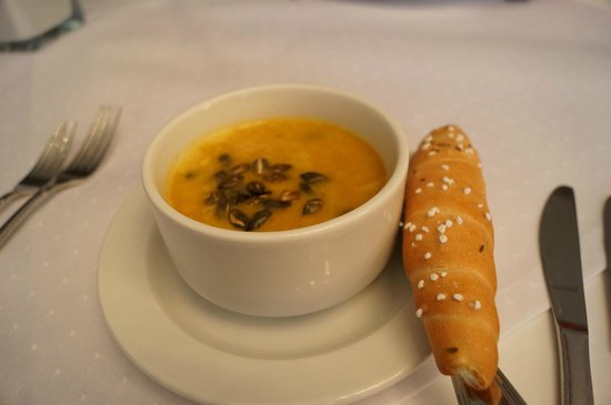 Best Western Premier Hotel International : pumpkin soup