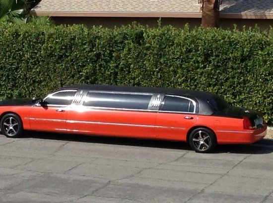 Hotel California: Limo