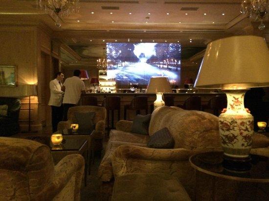 Le Bristol Paris: Hotel bar