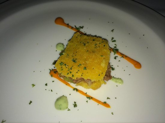 Maito: Pulled pork appetizer