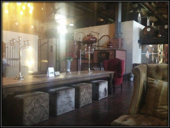 Van Ryn's Distillery: Deep armchairs and woody surrounds