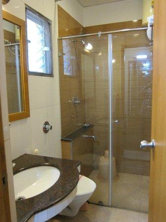 Malles Manotaa: bathroom