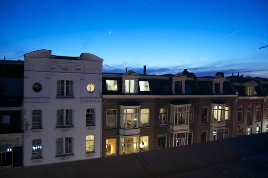 BackStage Hotel Amsterdam: More views from our room