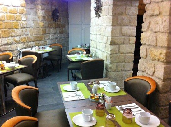 Hotel Elysa Luxembourg: Salão do café