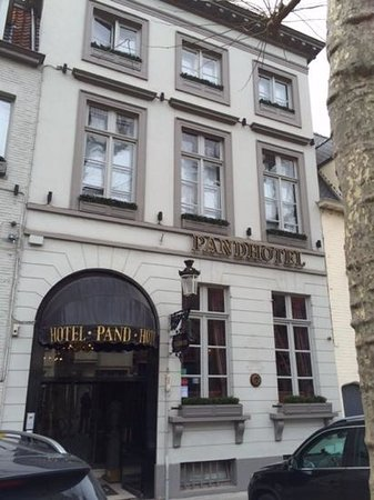 Pand Hotel Small Luxury Hotel: de voorgevel