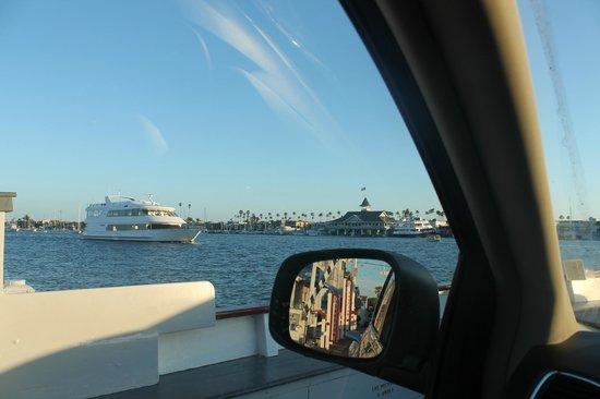 Balboa Island Ferry : Auto ferry
