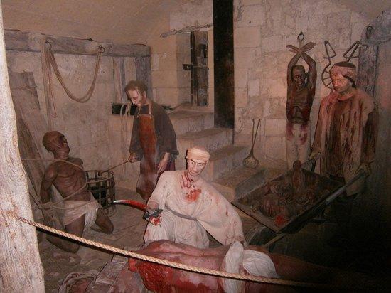 Mdina Dungeons: varie statue