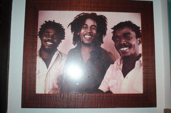 Bob Marley--A Tribute to Freedom: Bob Marley