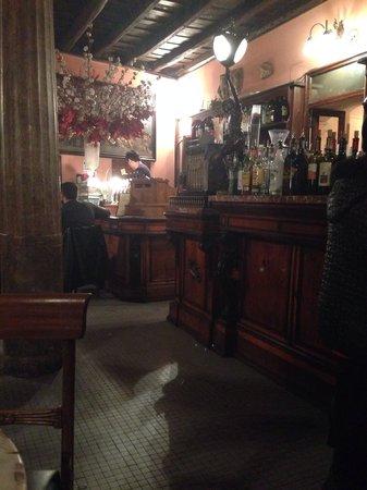 Bar and Caffe della Pace: Interno