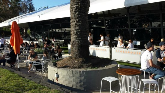 Stokehouse - Cafe Bistro: Sunny outdoors