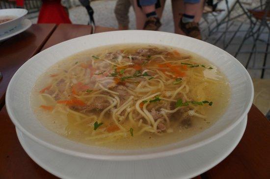 Hotel Kasperk: Chicken soup with noodles