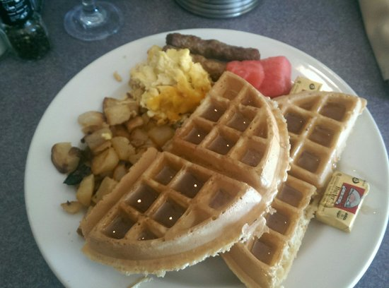 International Palms Resort & Conference Center Cocoa Beach: Wonderful breakfast