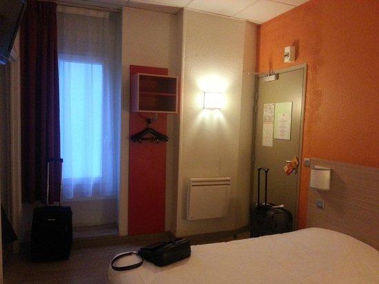 Premiere Classe Lille Centre: Habitación