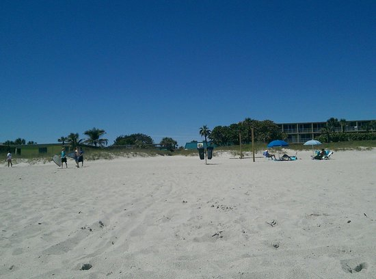 International Palms Resort & Conference Center Cocoa Beach: Mambos