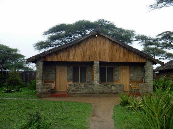 Ndutu Safari Lodge: cabin