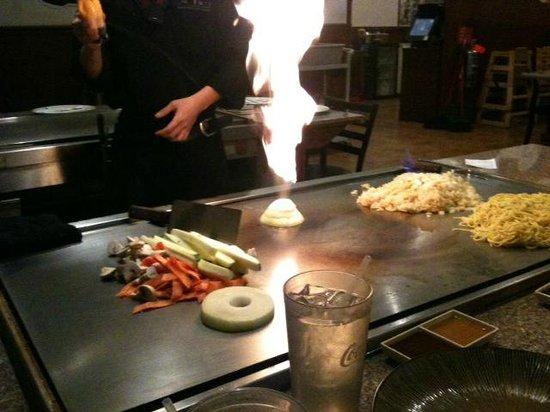 Fuji Hibachi Steak House and Sushi Bar: hibachi