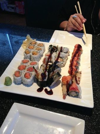 Fuji Hibachi Steak House and Sushi Bar: typical sushi visit 2