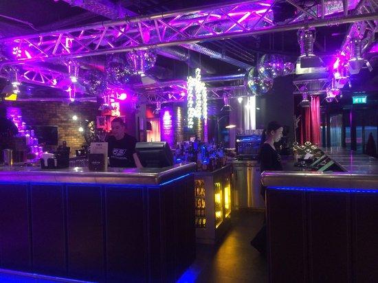 pentahotel Inverness : Bar/recepción