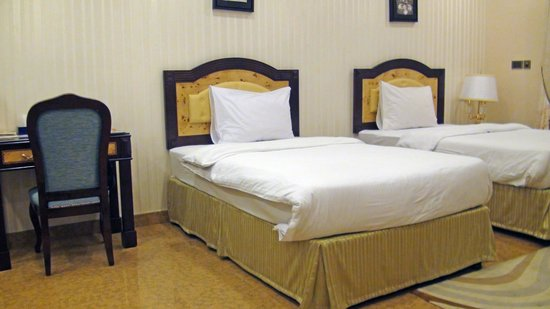 Tulip Inn Muscat : La chambre