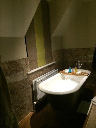 The Green House: Bathroom