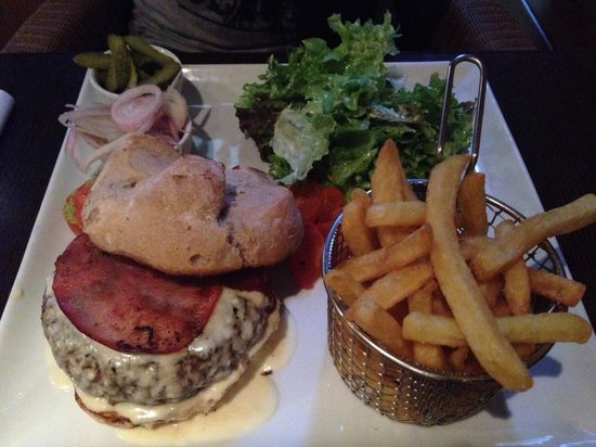 L'Entracte restaurant : Hamburger