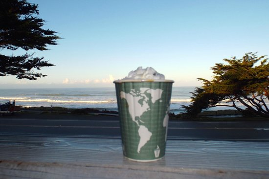 FogCatcher Inn : Coffee and a view