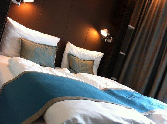 Motel One Salzburg Mirabell: O quarto
