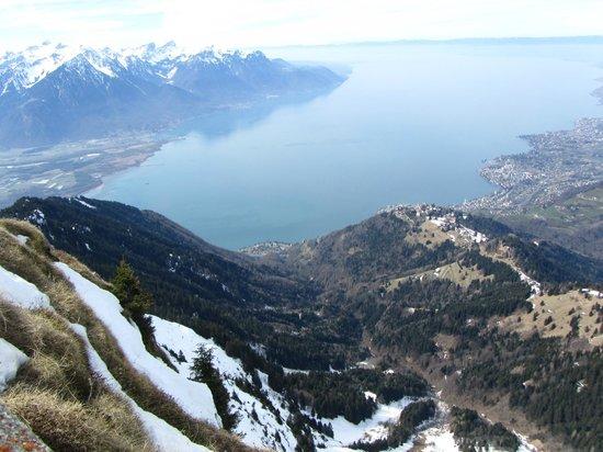 Rochers-de-Naye : View of Lake Geneva from Rochersp-de-Naye