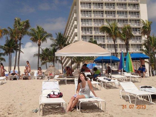 Newport Beachside Hotel and Resort: PLAYA