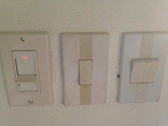 Dreamy Contentment: Lichtschalter / Fan-Regler