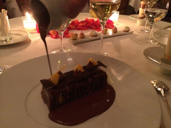 Le Cinq : Chocolate with chocolate with chocolate