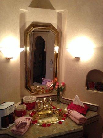 Riad Anabel: Sink