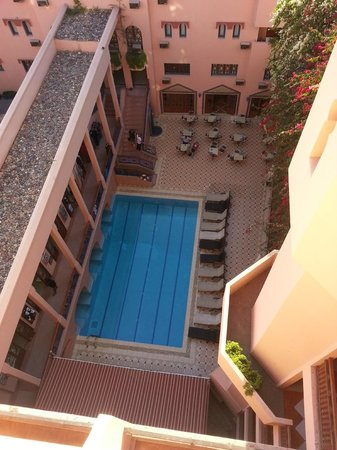 Hotel Oudaya : Pool from the bar