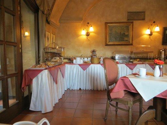 Hotel Pod Vezi : Breakfast Buffet
