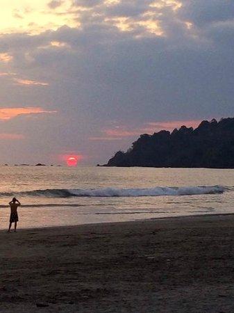 Playa Manuel Antonio : Sunset