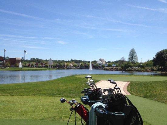The Renaissance World Golf Village Resort: Hall of Fame Golf Challenge tee off and island green