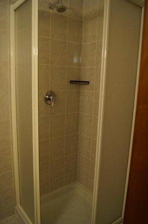 Hotel Miami : small shower